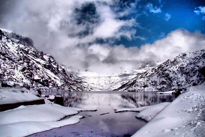frozen Tsomgo lake