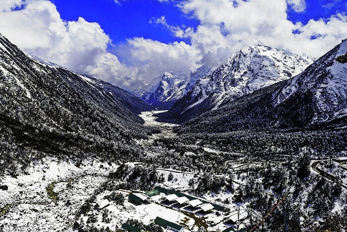 Yumthang landscapes in winter