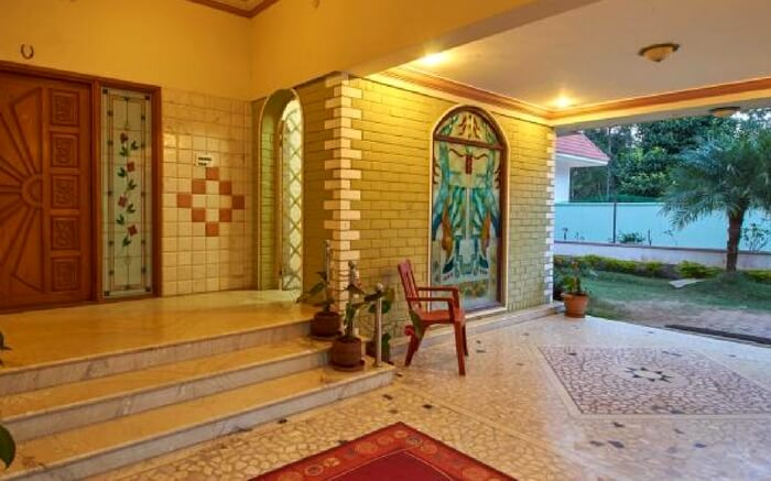 The entrance of Brindavan Homestay in Yercaud