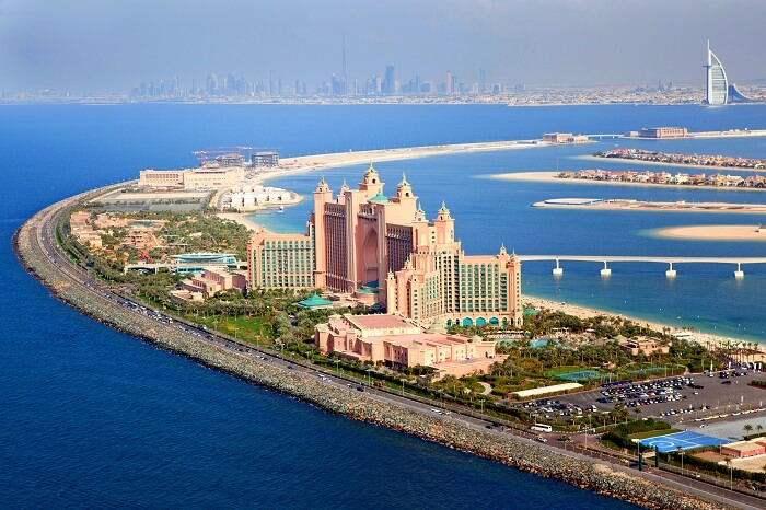 stay at atlantis hotel in dubai