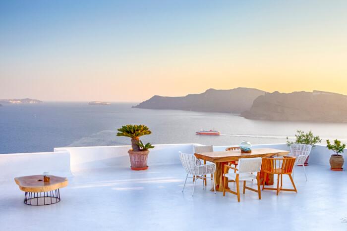 Most Romantic Places In Santorini