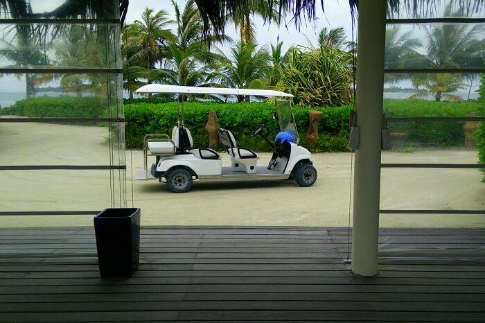 holiday inn resort services maldives