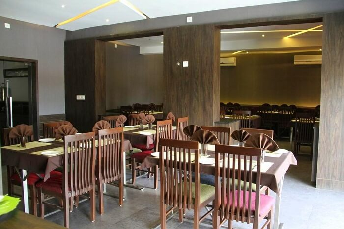 dine at pure veg restaurant hotel aditya