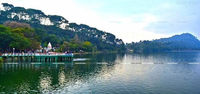 mansar lake in kashmir