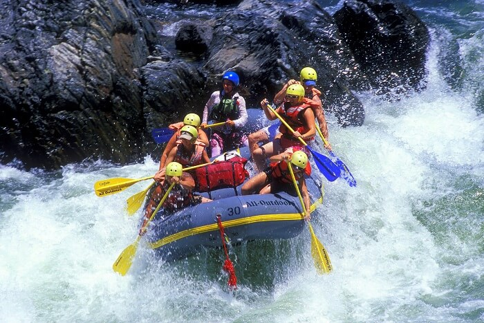 go river rafting in sikkim