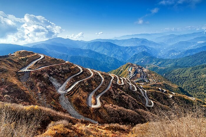 drive on the silk route to nathula pass