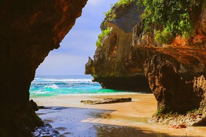 discover hidden suluban beach