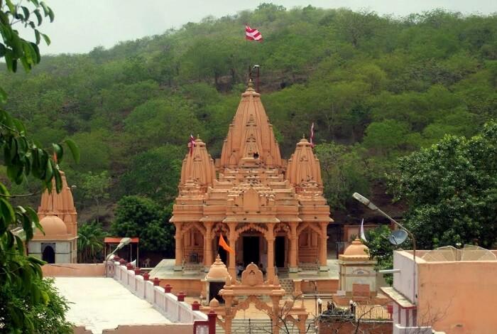 visit tulsi shyam temple