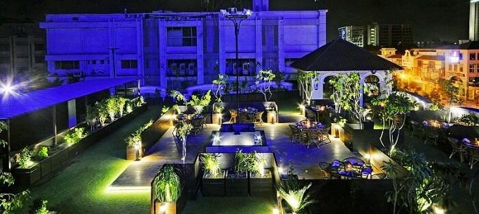 SKYZ restaurant & banquet, Ahmedabad