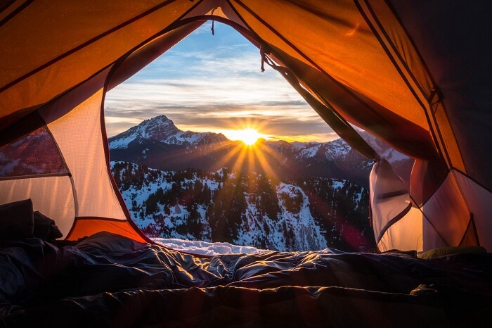 Best time for camping in Manali