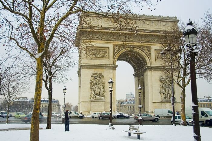 visit the Arc de Triomphe in paris in winter
