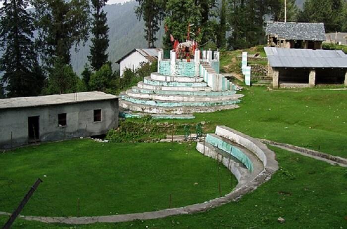 Bara Pathar Temple in Dalhousie