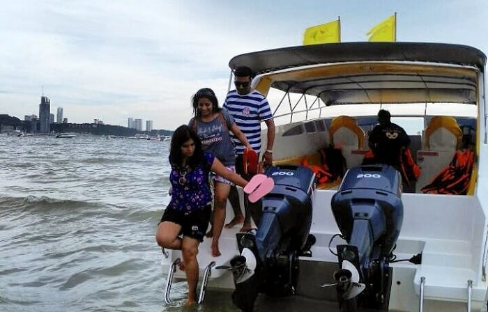 Our 4d3n fun loaded friends trip to thailand pattaya in thailand publicscrutiny Gallery
