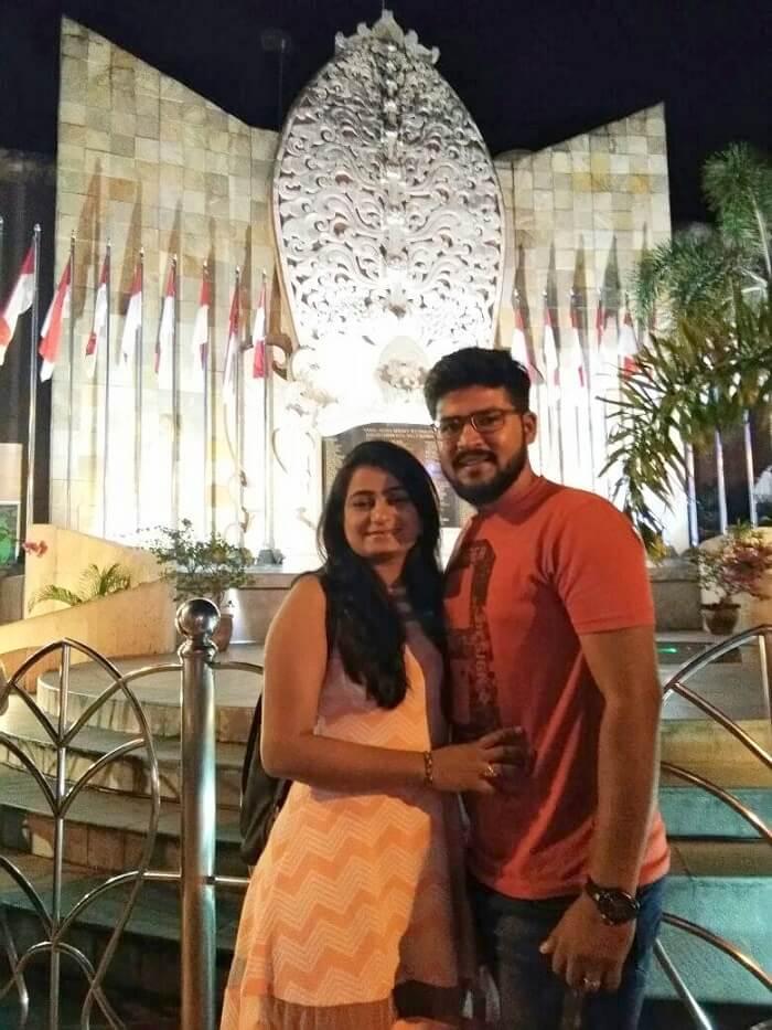 nirav & wife near bali attraction