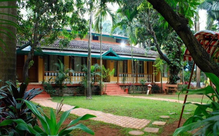 Sai Inn in Alibaug