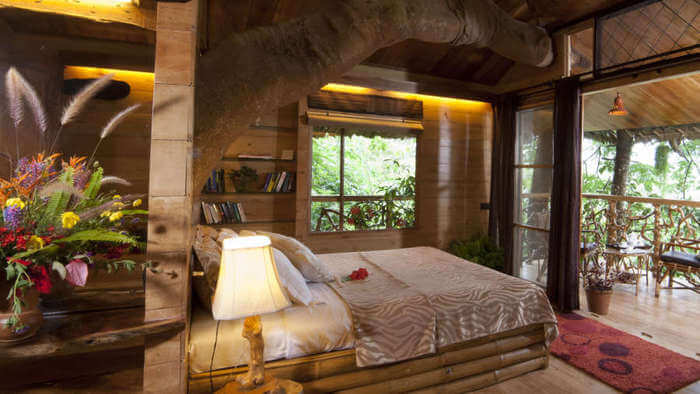 Bedroom in Tranquil Treehouse