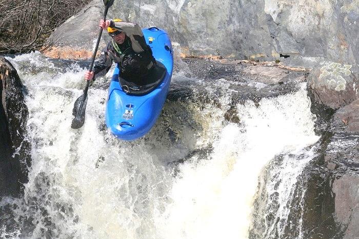 creeking water sports