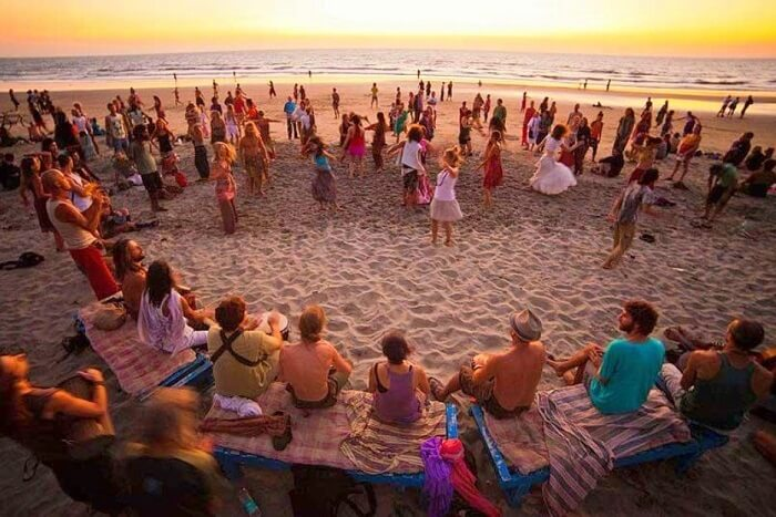 party away with your beloved in goa on new year