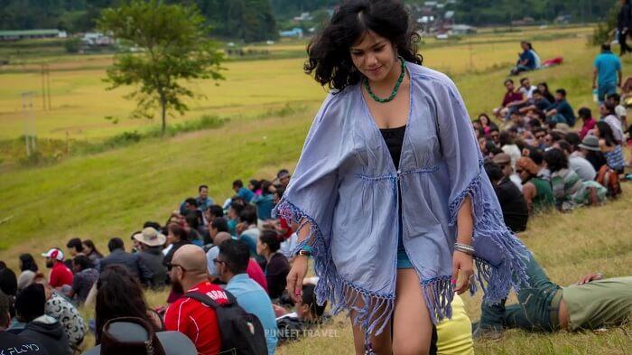 girl in ziro valley fest