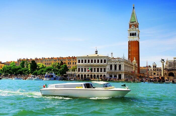 Motoscafi in Venice