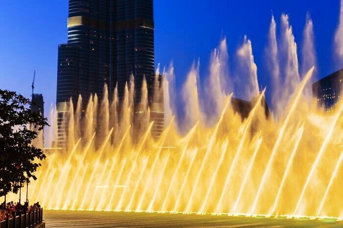 Dubai fountain shows