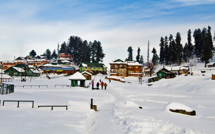 A view of snow-covered resorts in Kashmir