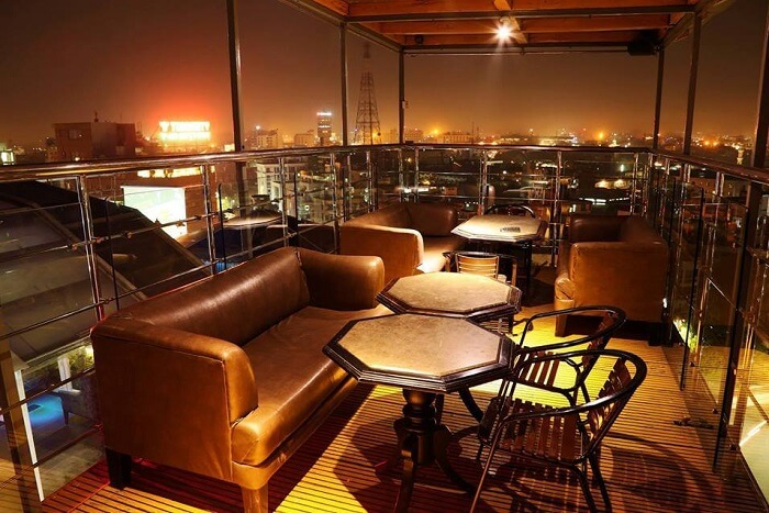 dine at rooftop restaurant Blackout
