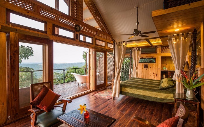 Complete wooden decor and rustic look of a resor