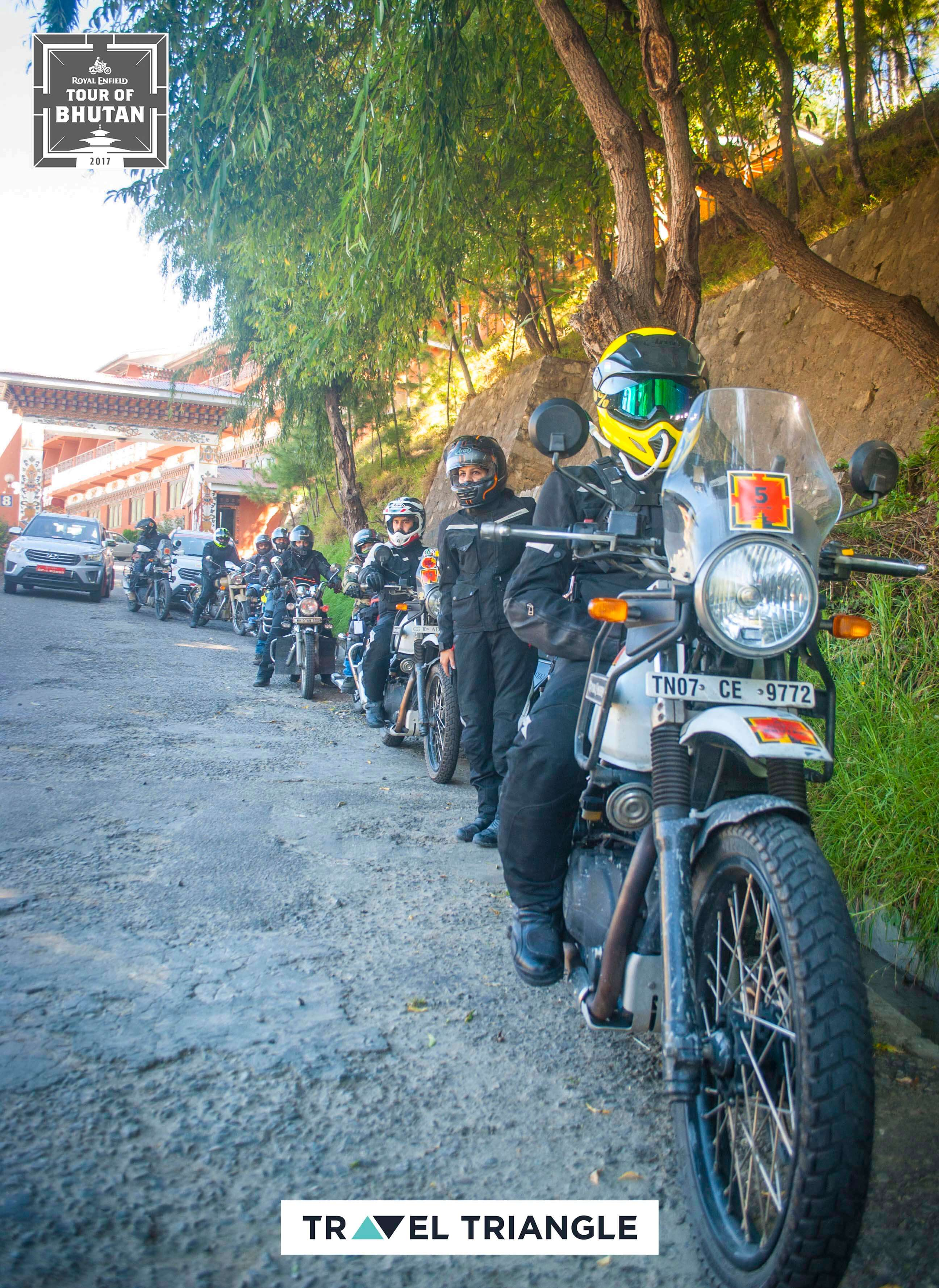 royal enfield india bhutan road trip: the entire group in formation