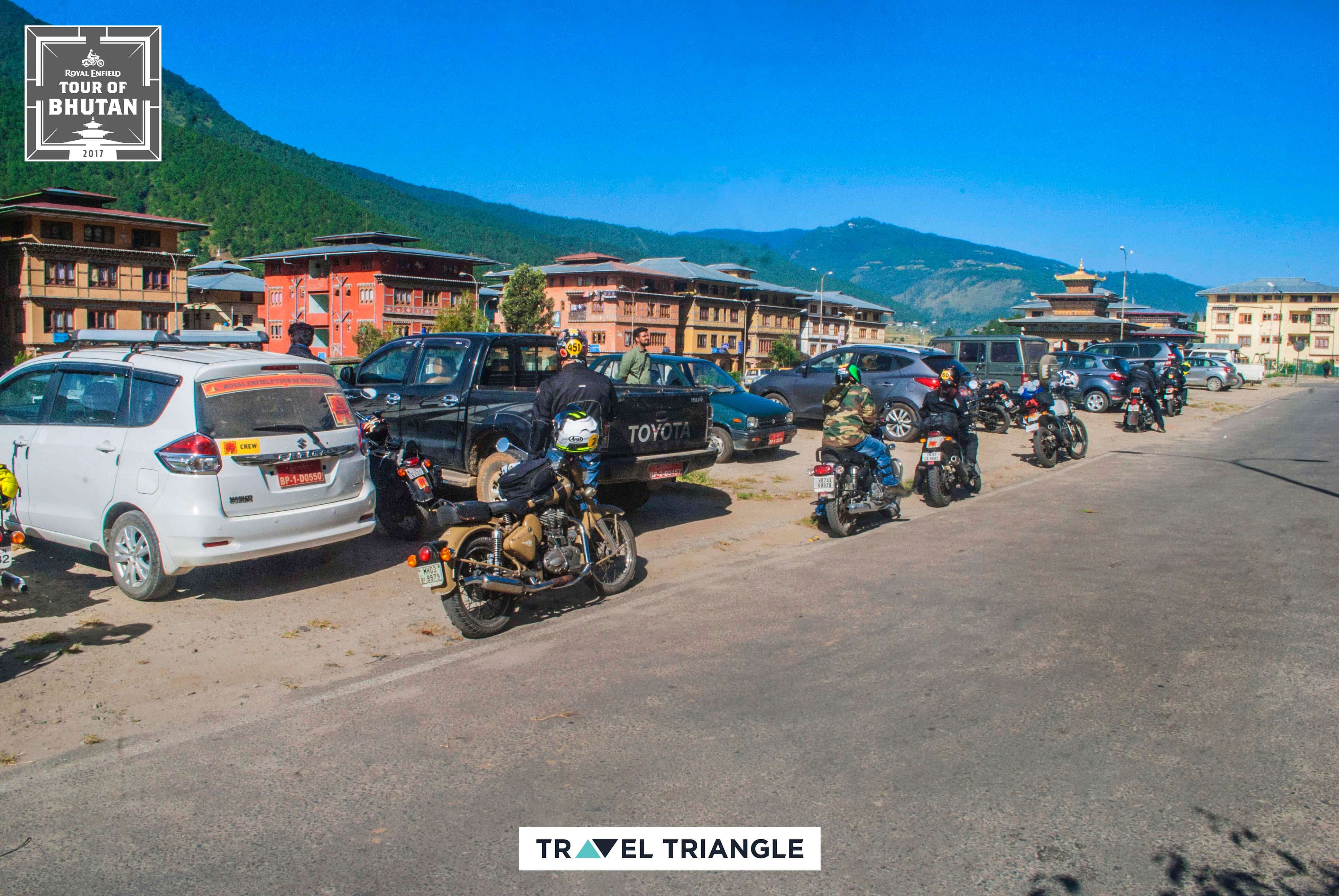 Punakha to Phobjikha: riding through the town of punakha