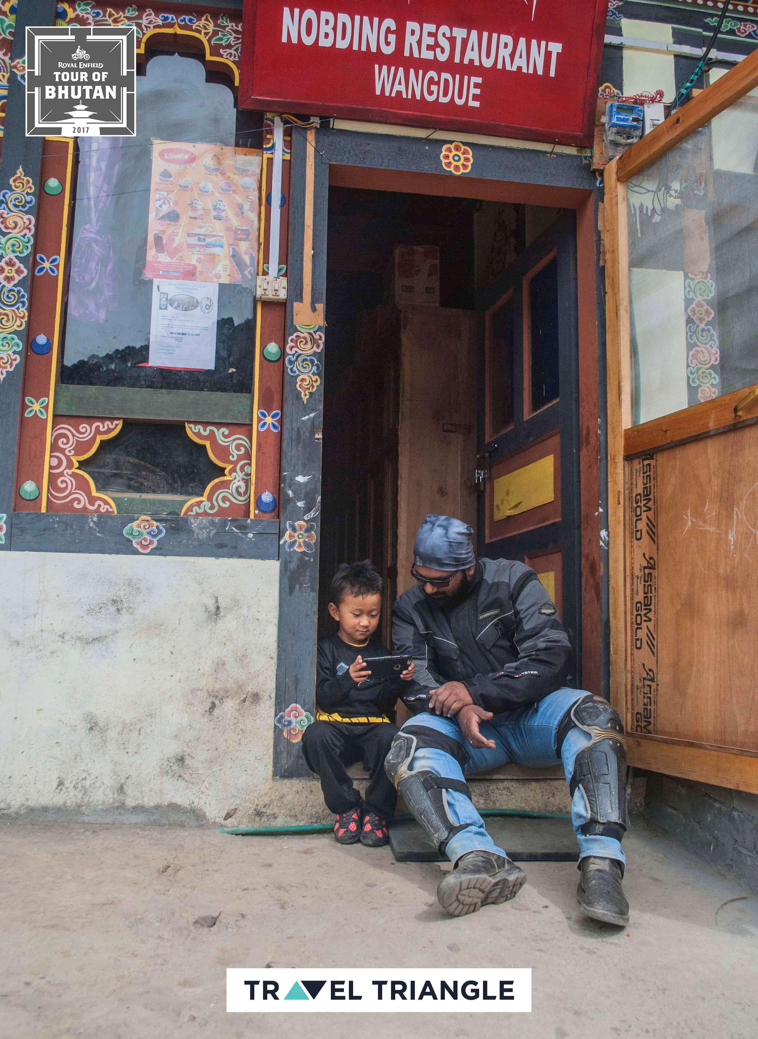 Punakha to Phobjikha: meeting locals at shops