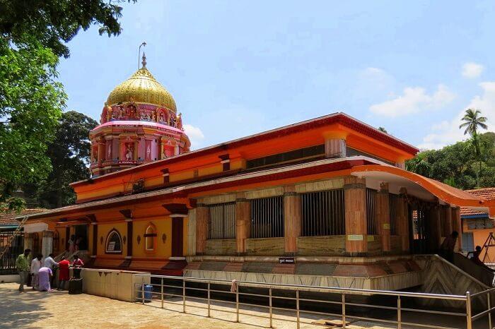 visit Dandelappa Temple, one of the best places to visit in dandeli