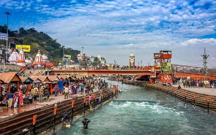 Devotees taking a bath the Ganga river in Har Ki Pauri in Haridwar