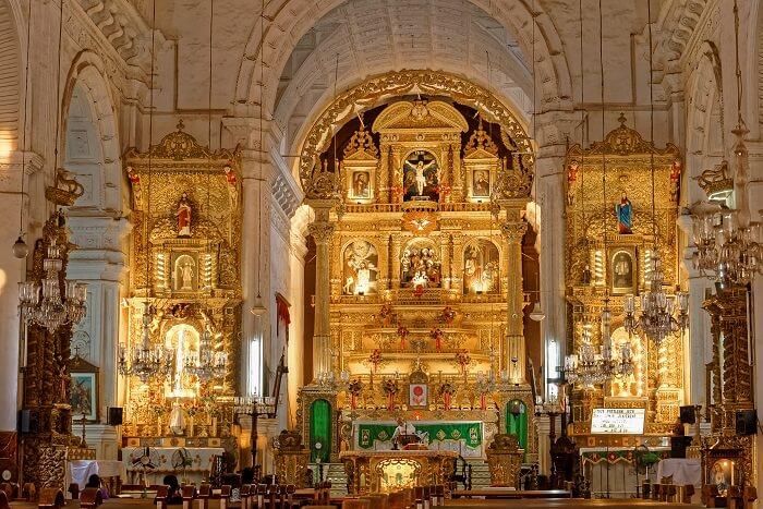 visit Holy Cross Shrine in goa