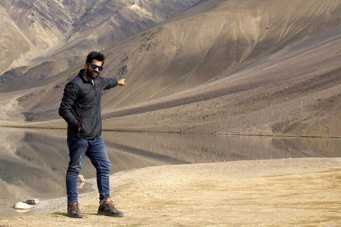 puneet pointing to chandra taal lake