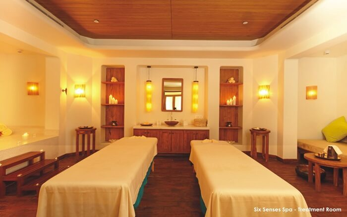 Jaypee Greens Golf & Spa Resort treatment room