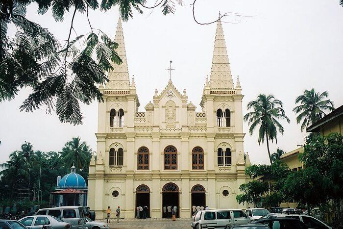 visit Santa Cruz Church in goa