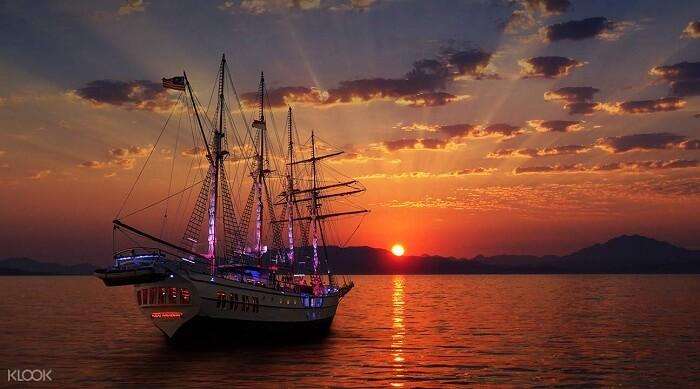 Sunset cruise singapore