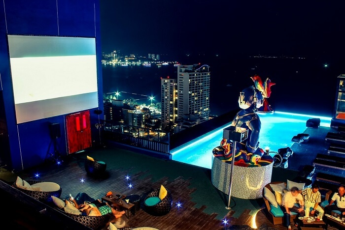 15 Places For Experiencing Pattaya Nightlife At Its Best