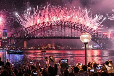 rsz_2cover_image_for_newyear_best_places_kb6592