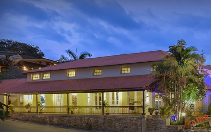 An exterior view of Cama Rajputana Club Resort in Mount Abu