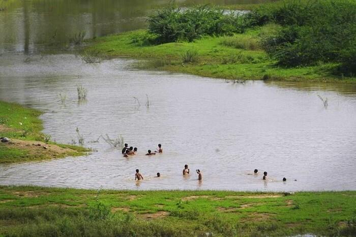 visit Anagpur Dam near surajkund