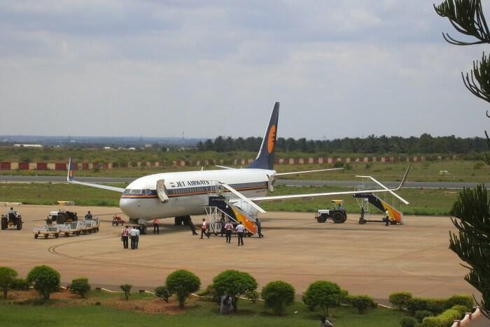 how to reach mudumalai By air