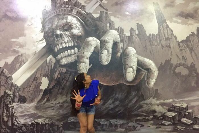 pankaj honeymoon trip to bali: posing at the 3d art museum