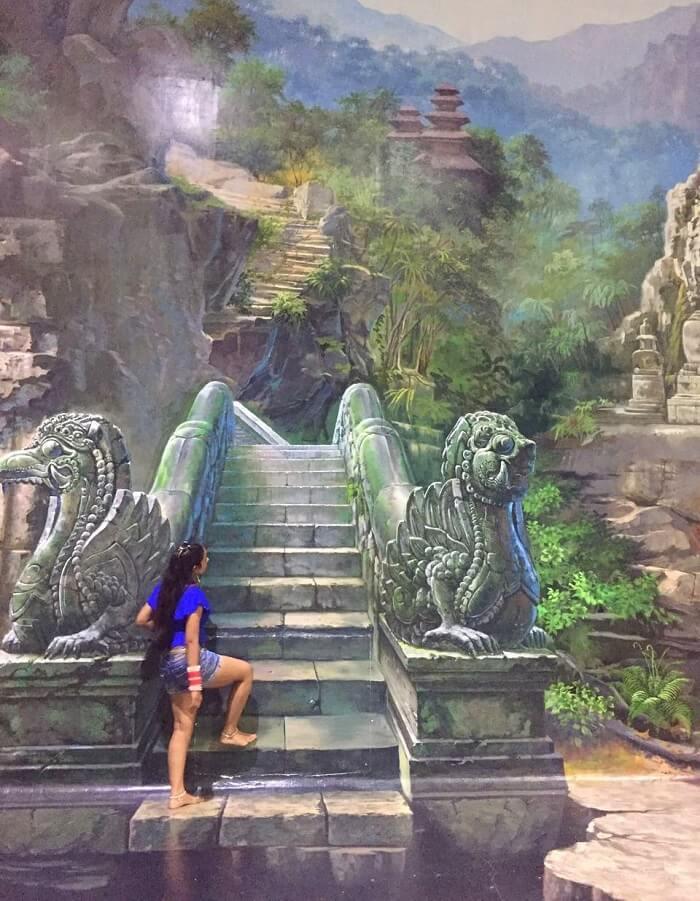 pankaj honeymoon trip to bali: at the 3d art museum