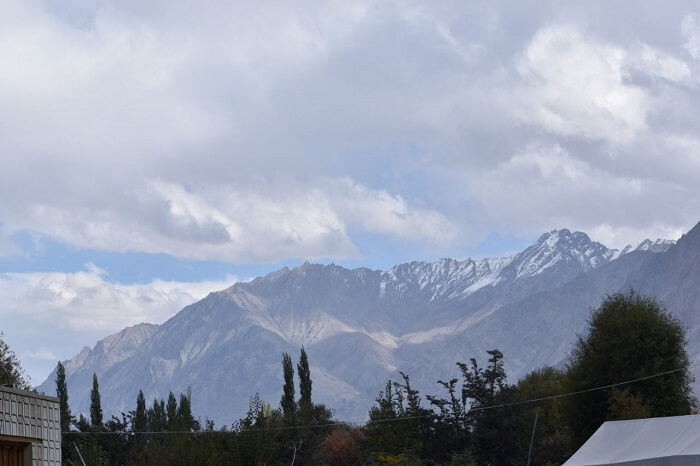 lokpal romantic trip to ladakh: views of himayalas