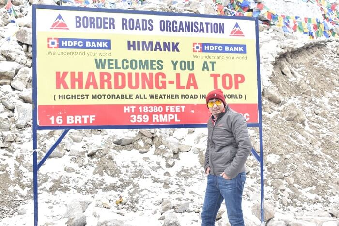 lokpal romantic trip to ladakh: lokpal at khardungla top