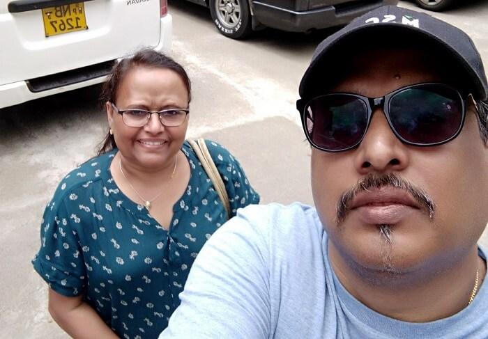 couple enjoying in sri lanka