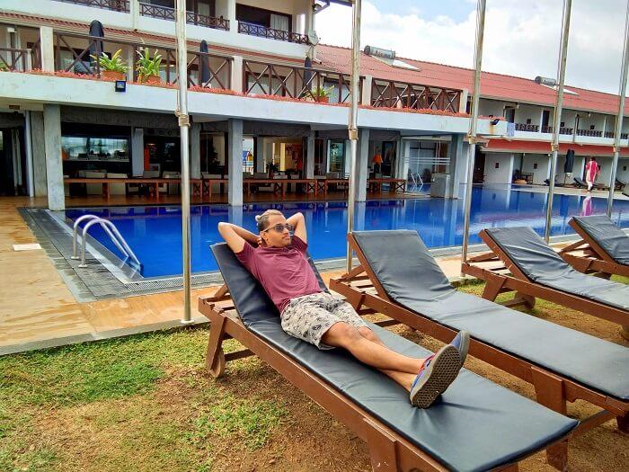 relaxing in resort sri lanka