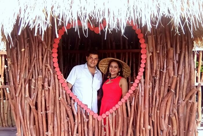 pankaj honeymoon trip to bali: posing in a heart sign
